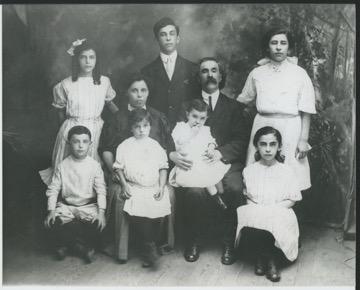 Leo Hurwitz's Family Influences