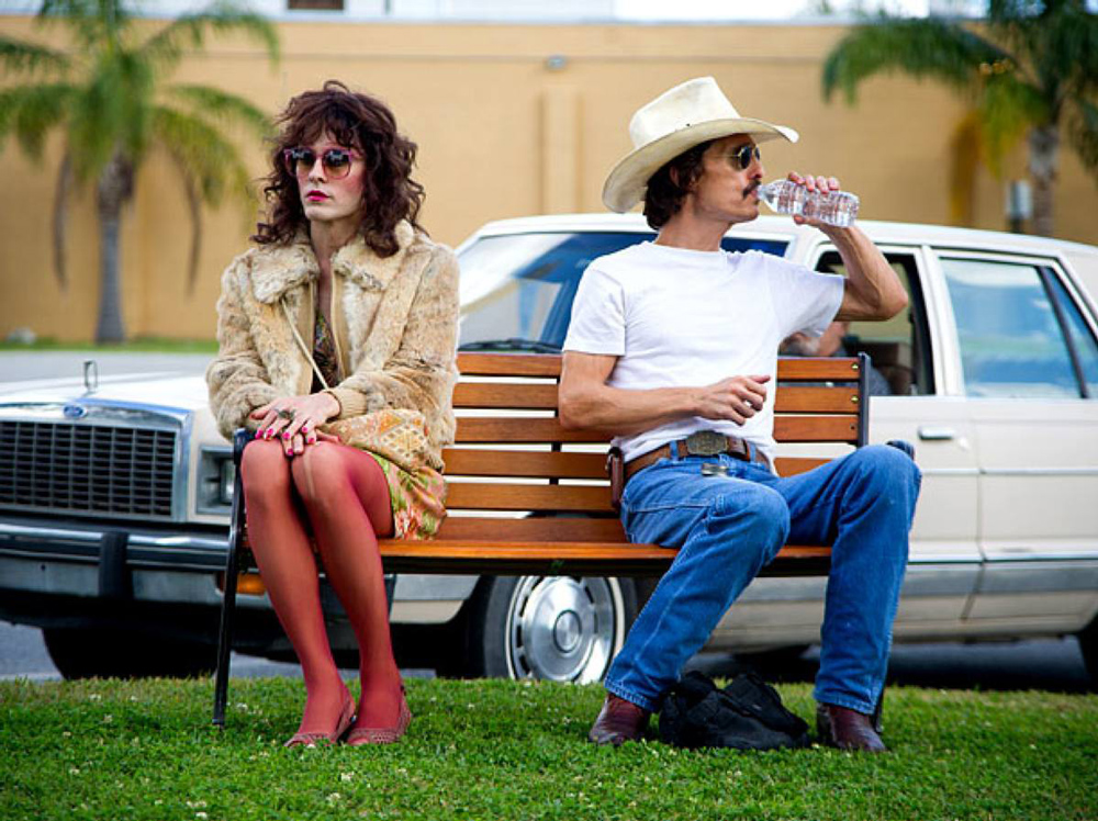 dallas-buyers-club-characters-on-the-couch